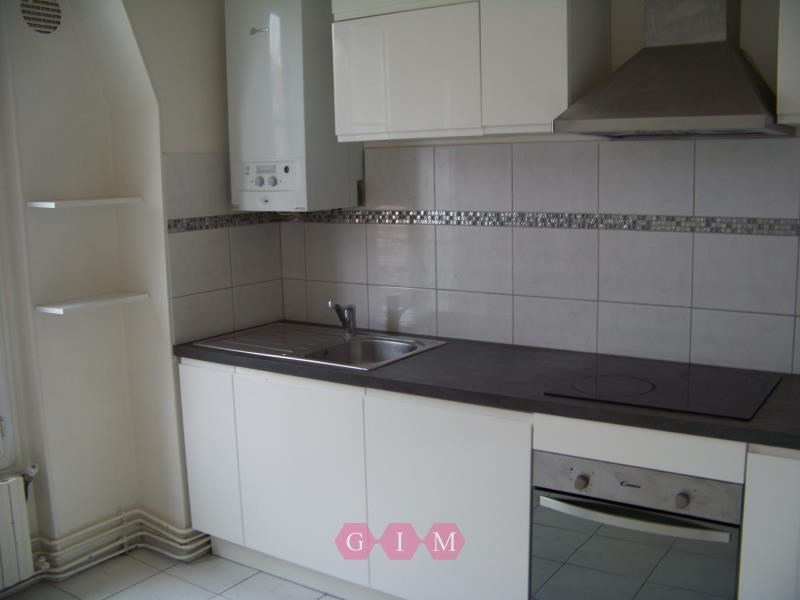 Rental apartment Poissy 750€ CC - Picture 2