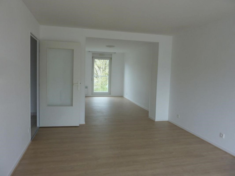 Location appartement Lisieux 650€ CC - Photo 1