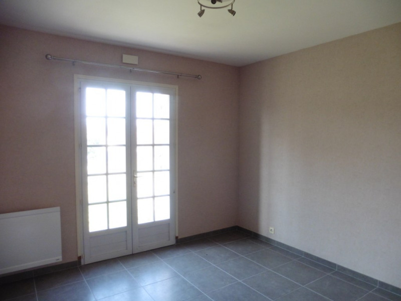 Sale house / villa Villemandeur 292 600€ - Picture 5