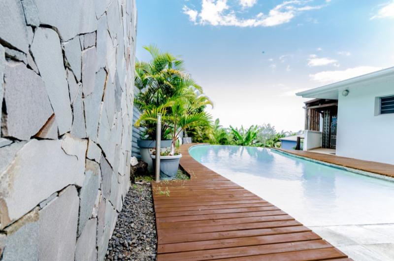 Deluxe sale house / villa Saint pierre 655000€ - Picture 4