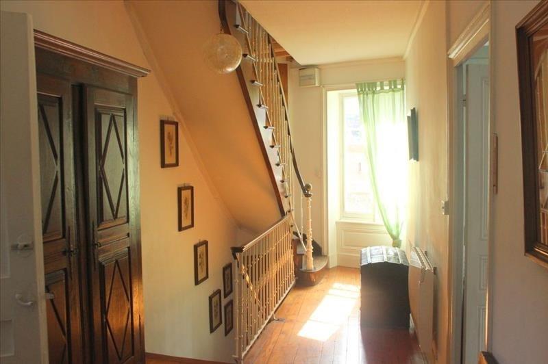 Sale house / villa Le bois d oingt 299000€ - Picture 9