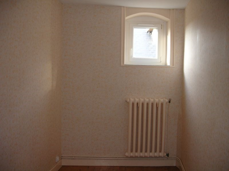 Rental apartment Saint quentin 460€ CC - Picture 5