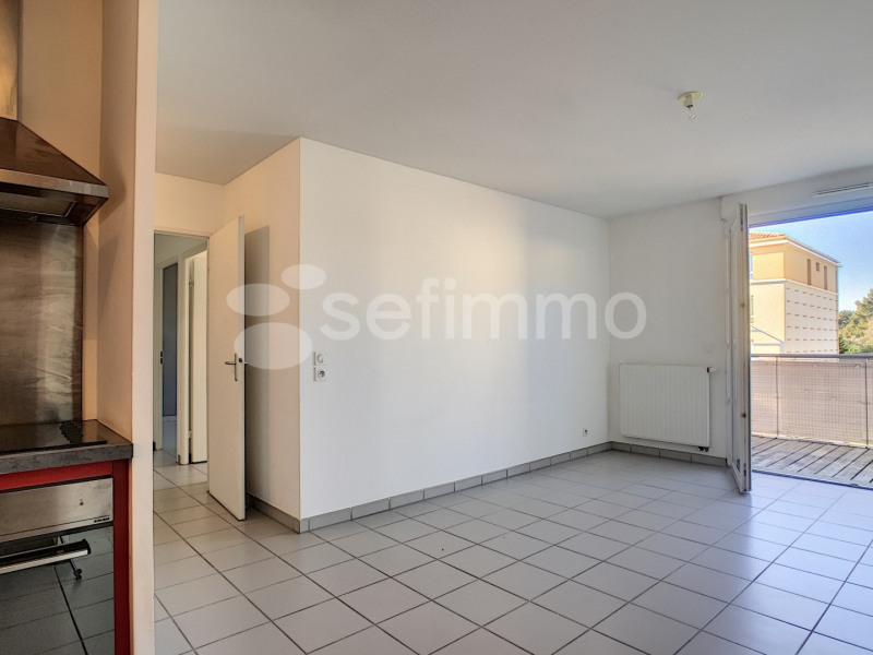 Location appartement Marseille 12ème 870€ CC - Photo 3