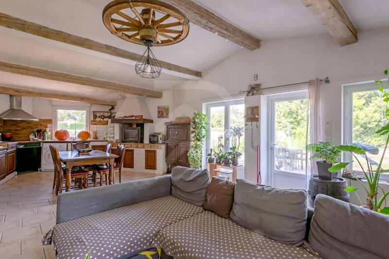 Sale house / villa Althen des paluds 275000€ - Picture 2
