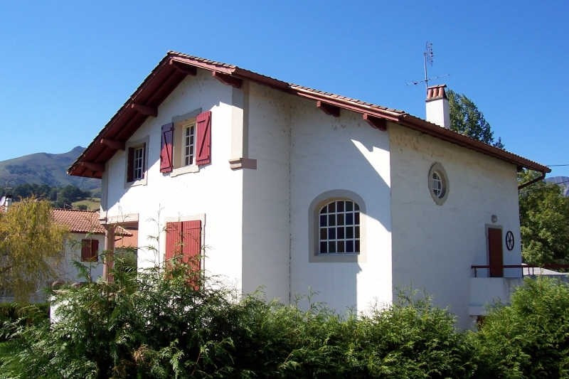 Sale house / villa St etienne de baigorry 183 000€ - Picture 2