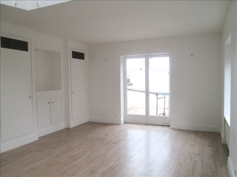 Location appartement Le chesnay 2 470€ CC - Photo 2