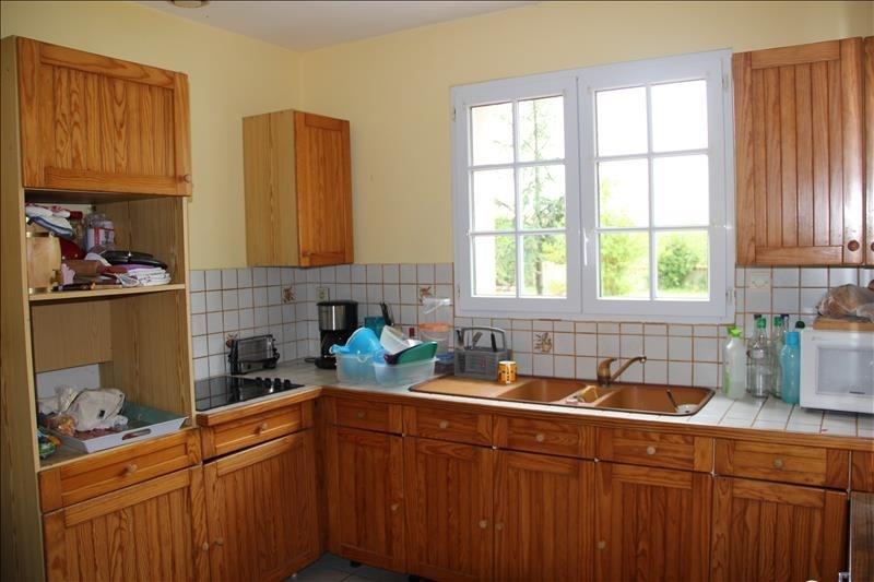 Sale house / villa Frossay 210000€ - Picture 4