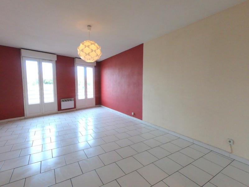Location appartement Marseille 10ème 546€ CC - Photo 1