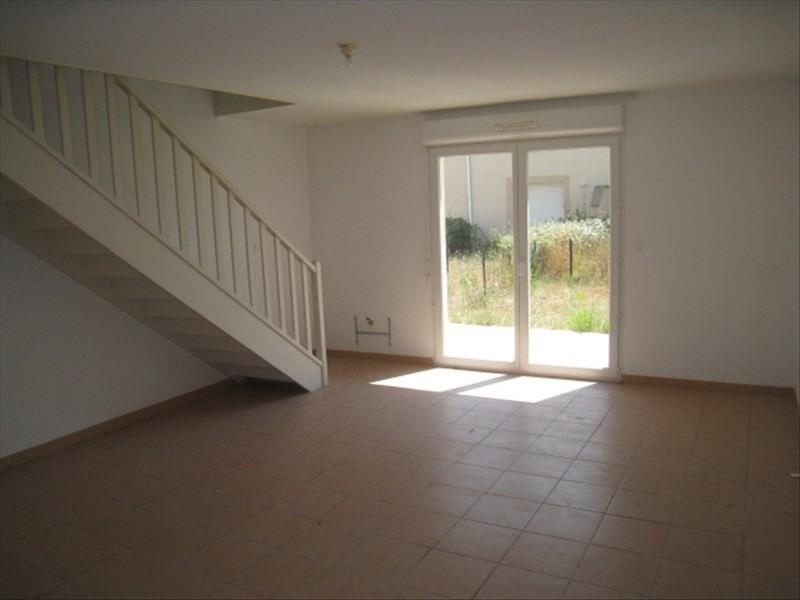 Location maison / villa Berriac 641€ CC - Photo 3