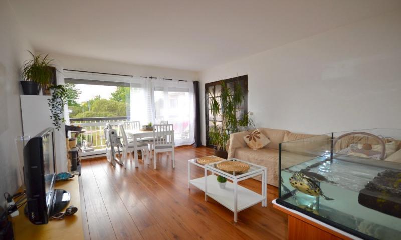 Location appartement Les clayes sous bois 957€ CC - Photo 2
