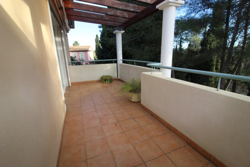 Vendita appartamento Hyeres 435700€ - Fotografia 1