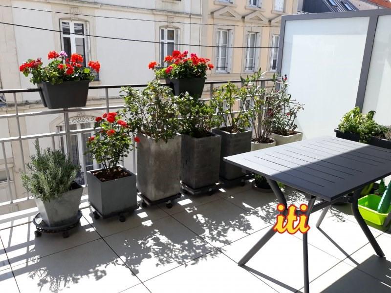 Sale apartment Les sables d'olonne 460000€ - Picture 1