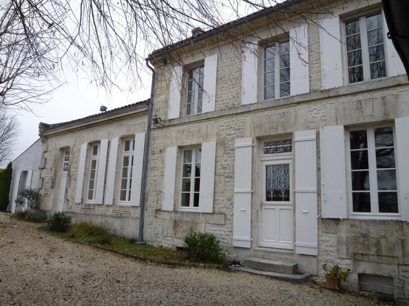 Sale house / villa Angeac champagne 212000€ - Picture 1