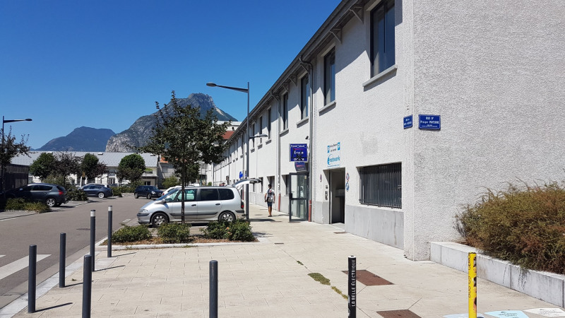 Vente local commercial Grenoble 1 290 000€ - Photo 8