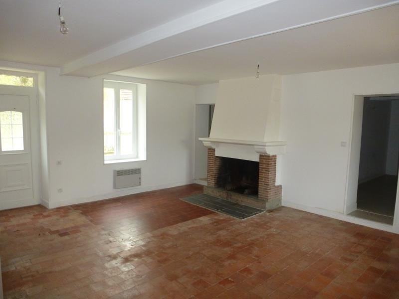 Rental house / villa Tigy 705€ CC - Picture 2