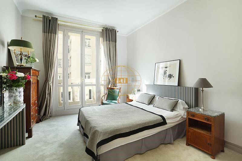 Deluxe sale apartment Paris 7ème 2 540 000€ - Picture 7