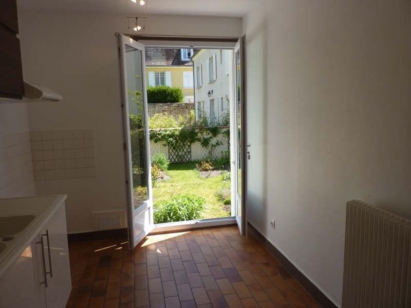 Location appartement Fontainebleau 920€ CC - Photo 3