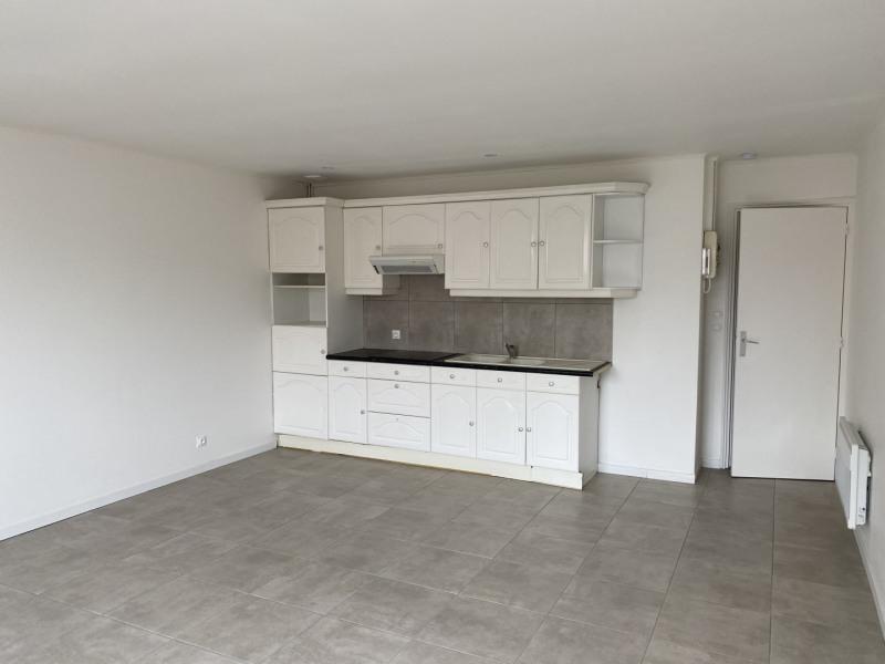 Rental apartment Lille 700€ CC - Picture 1