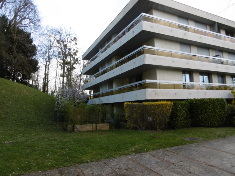 Sale apartment Bougival 399 000€ - Picture 1