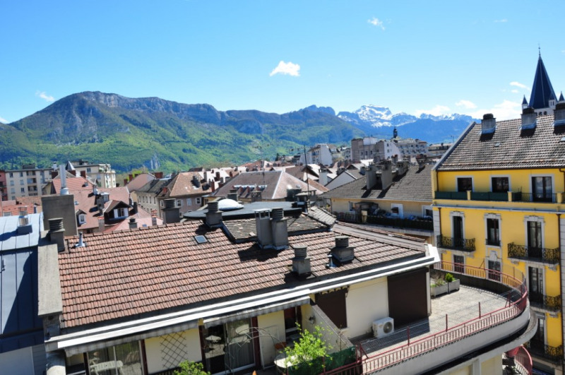 Deluxe sale apartment Annecy 575 000€ - Picture 3
