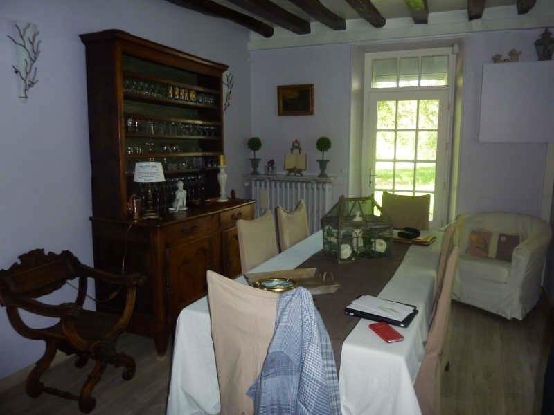 Sale house / villa Proche montfort 315000€ - Picture 2