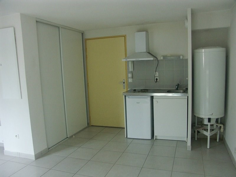 Rental apartment Tarbes 392€ CC - Picture 1