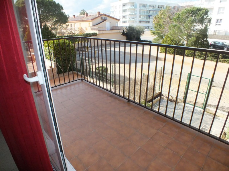 Location vacances appartement Rosas-santa margarita 456€ - Photo 15