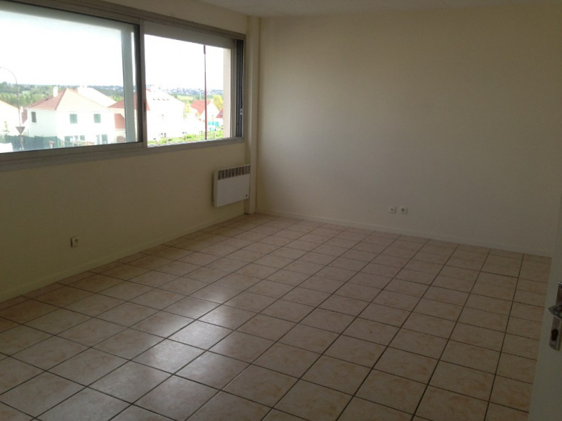 Location appartement Ormoy 600€ CC - Photo 2