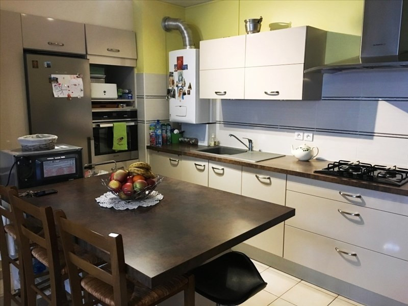 Sale apartment Bourgoin jallieu 166 000€ - Picture 2