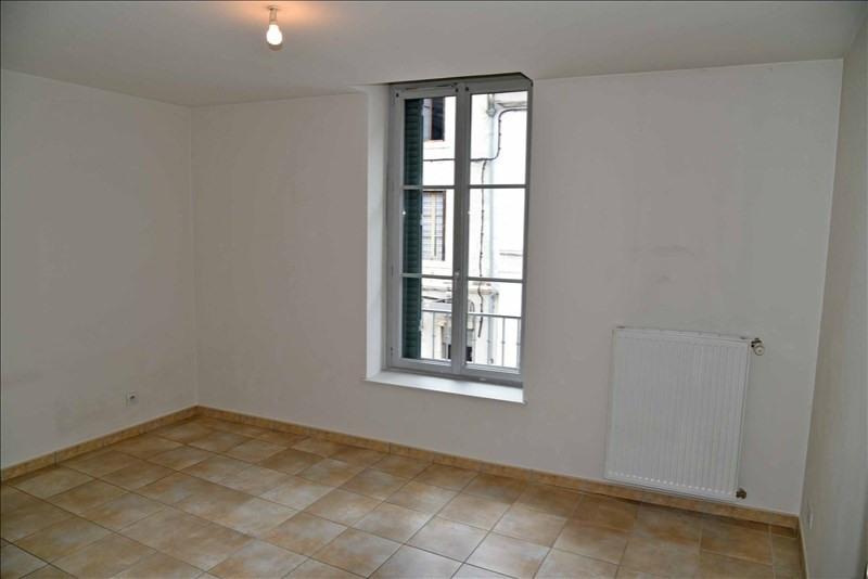 Location appartement Nantua 328€ CC - Photo 5