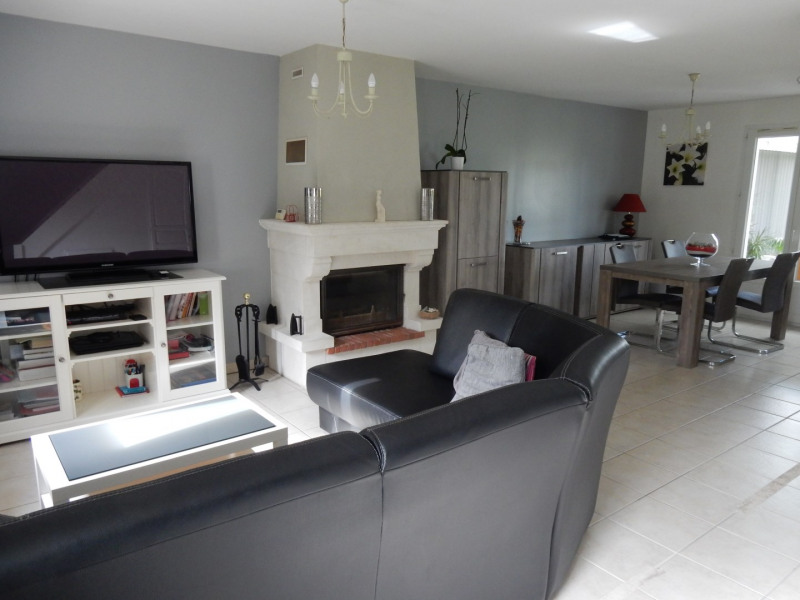 Sale house / villa Grainville langannerie 237900€ - Picture 2