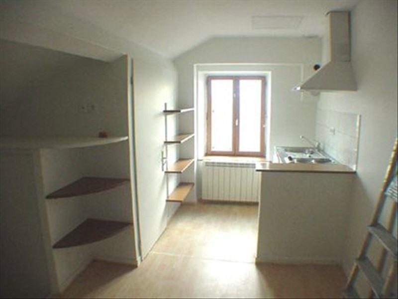 Alquiler  apartamento Lyon 8ème 384€ CC - Fotografía 2