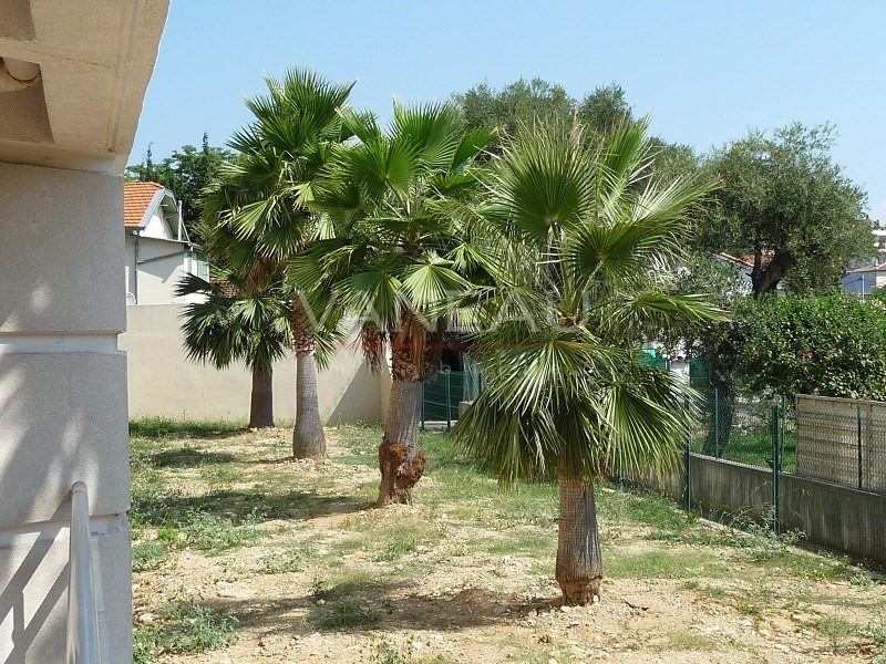 Vente de prestige appartement Juan-les-pins 260 000€ - Photo 3
