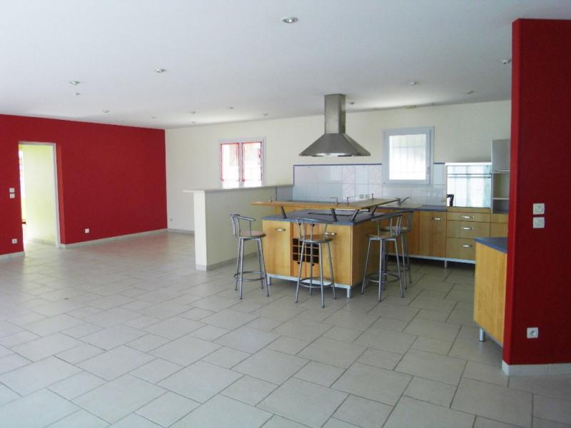 Location maison / villa Cognac 980€ CC - Photo 3