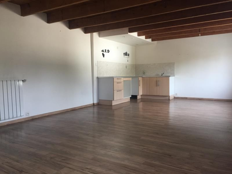 Sale apartment Reventin vaugris 139000€ - Picture 1