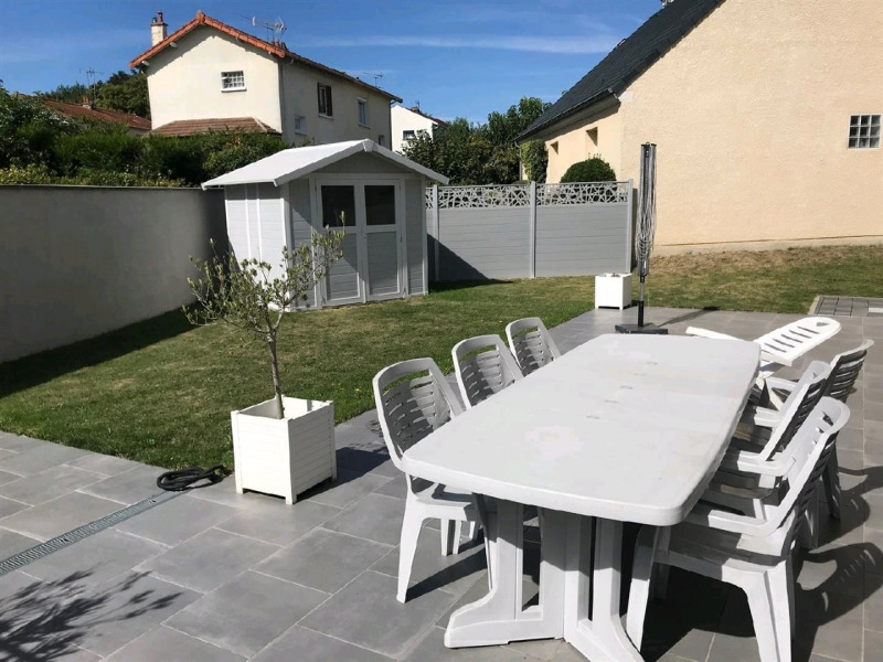 Sale house / villa Le plessis bouchard 520 000€ - Picture 2