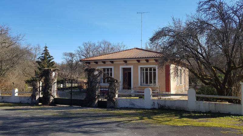 Vente maison / villa Cercoux 196 000€ - Photo 1