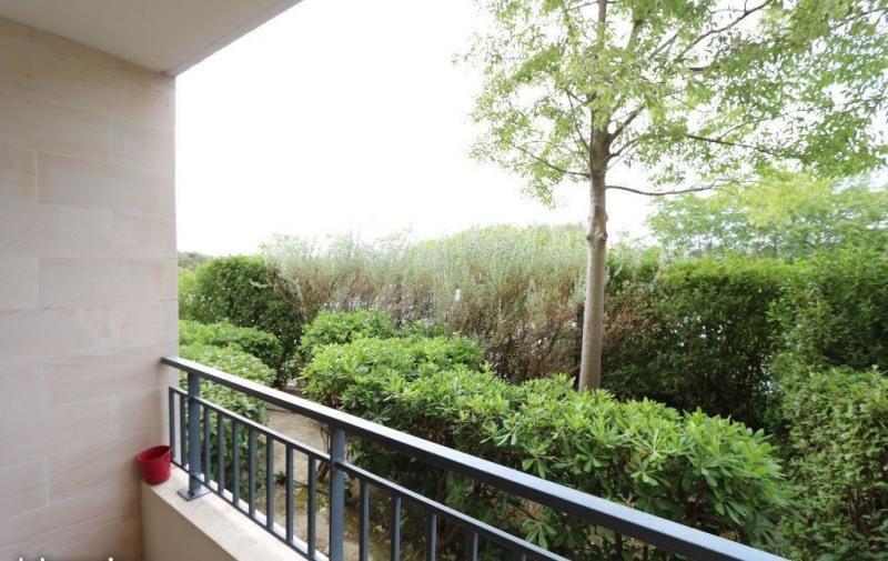 Lambesc à louer T2 de 42 m² en rez-de-chaussée de résidence