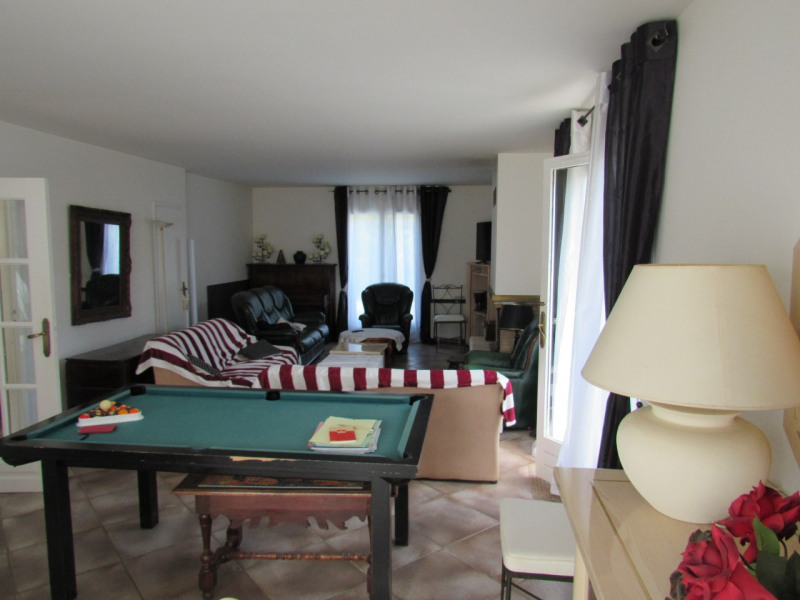 Sale house / villa Ferolles attilly 535 000€ - Picture 2