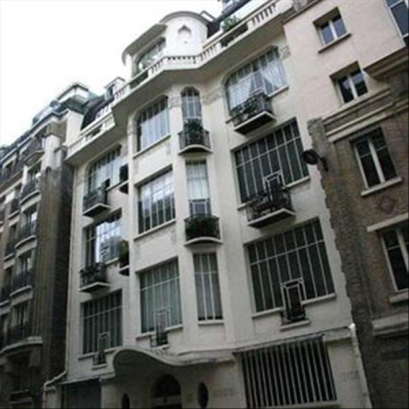 Location appartement Paris 14ème 630€ CC - Photo 1