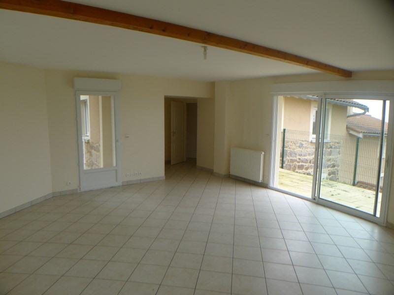 Location maison / villa Haute rivoire 730€ CC - Photo 4