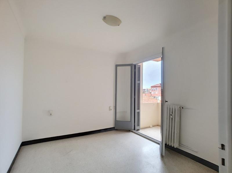 Location appartement Menton 951€ CC - Photo 5