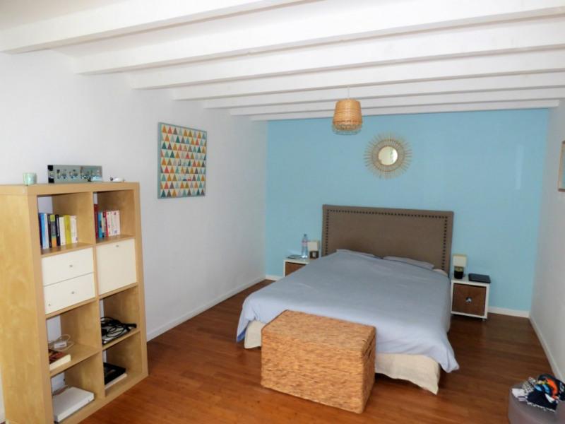 Sale house / villa Saint loubes 400000€ - Picture 5