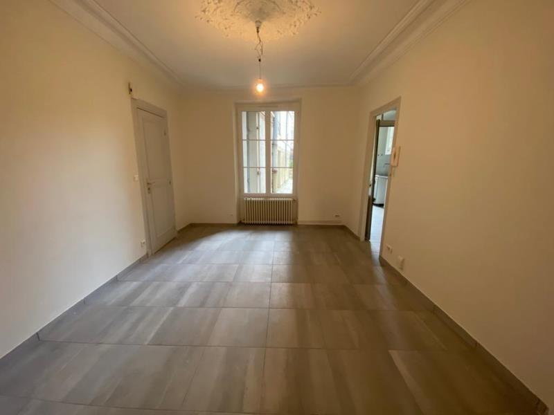 Rental apartment St germain en laye 1280€ CC - Picture 1