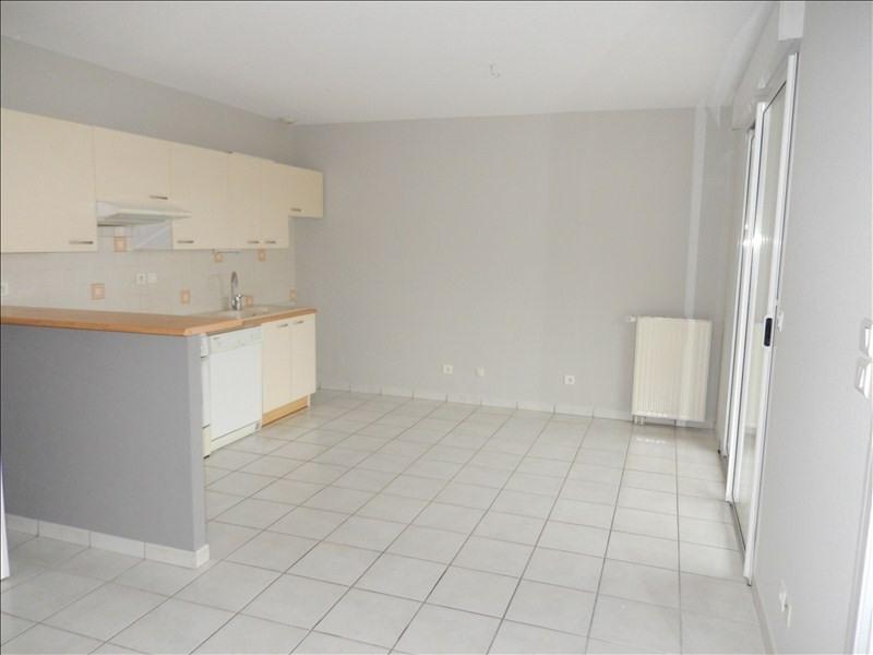 Rental apartment Le puy en velay 571,79€ CC - Picture 2