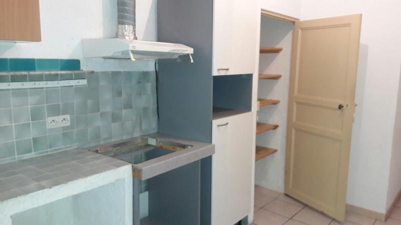 Location appartement Le beausset 640€ CC - Photo 1