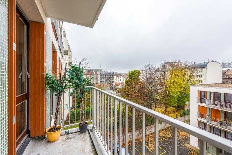 Revenda apartamento Puteaux 338000€ - Fotografia 1