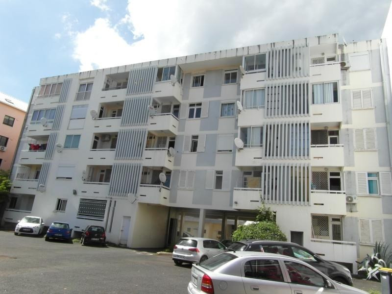 Sale apartment St denis camelias 109 000€ - Picture 2