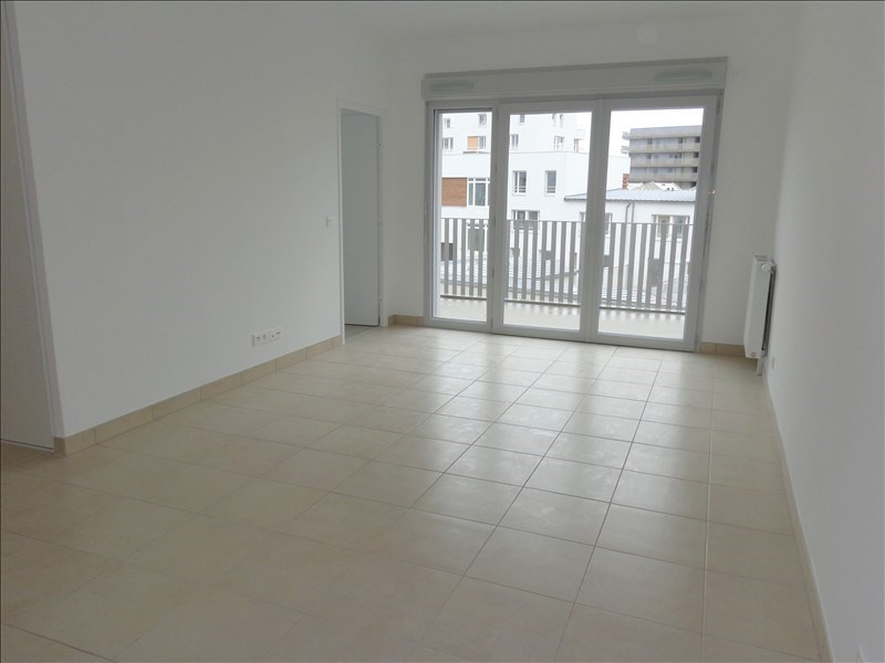 Alquiler  apartamento Bretigny sur orge 890€ CC - Fotografía 1