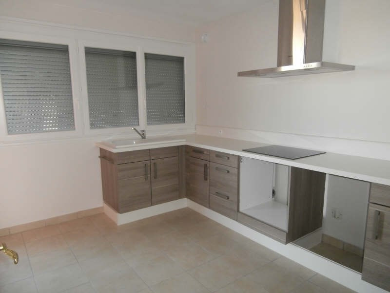 Location appartement Salon de provence 966€ CC - Photo 3